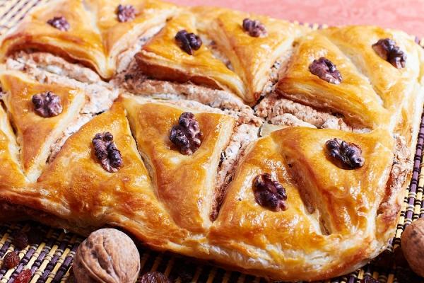 пахлава с изюмом и грецким орехом рецепт с фото